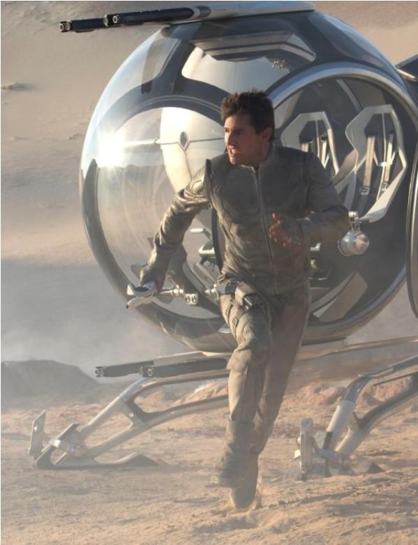 Cận cảnh phi thuyền ngoài không gian của Tom Cruise 6