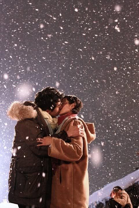 """Những nụ hôn """"xua tan băng giá"""" trên màn ảnh 4"""
