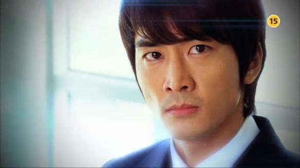"""Song Seung Hun """"sướng rơn"""" vì được người đẹp nhào vào lòng 8"""
