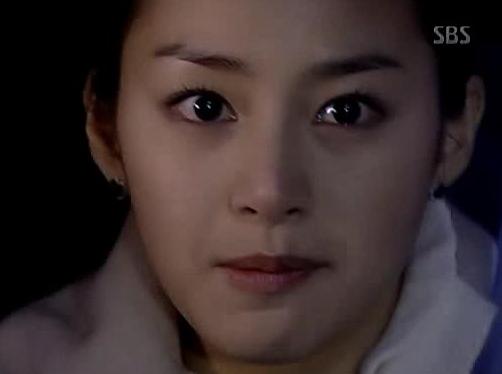 Kim Tae Hee: Ngôi sao bị người dân Triều Tiên ghét nhất 3