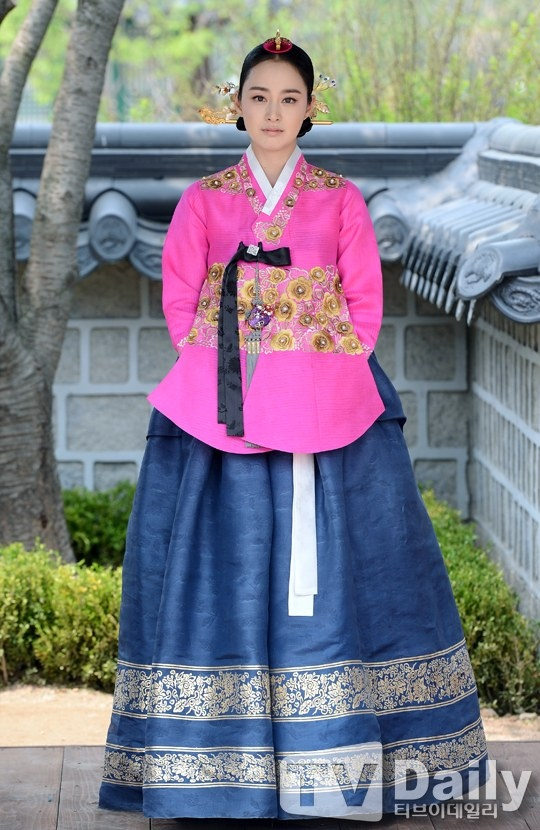"""Kim Tae Hee từng """"muốn chết vì tổn thương lòng tự trọng"""" 1"""