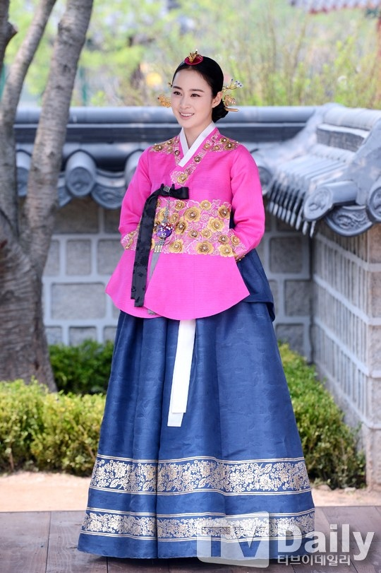 """Kim Tae Hee từng """"muốn chết vì tổn thương lòng tự trọng"""" 3"""