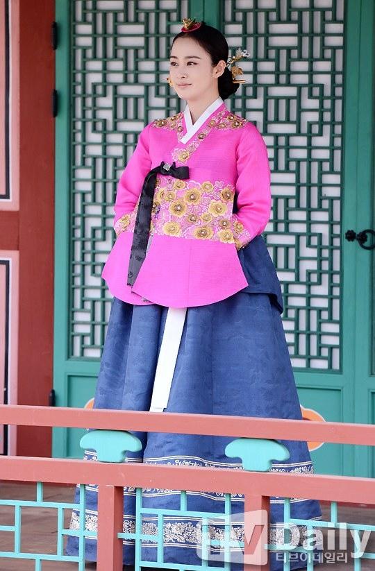 """Kim Tae Hee từng """"muốn chết vì tổn thương lòng tự trọng"""" 5"""