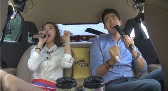 Taecyeon (2PM) được khen hôn giỏi 3