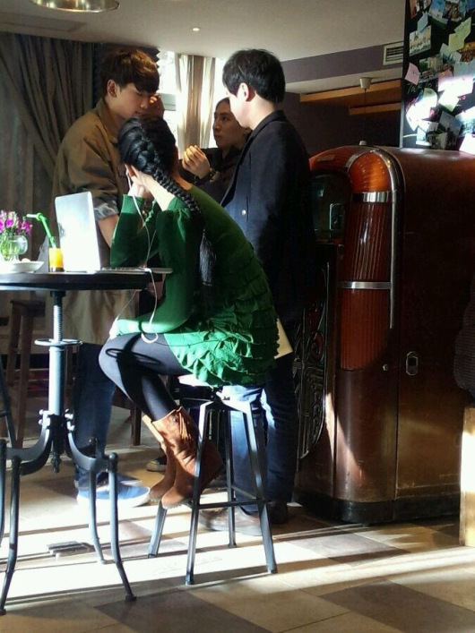 Bi (Rain) tiếp cận Lưu Diệc Phi trong quán cafe 2