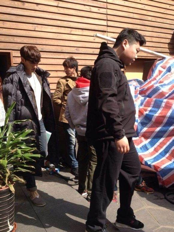 Bi (Rain) tiếp cận Lưu Diệc Phi trong quán cafe 5