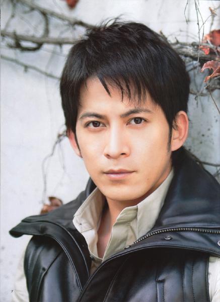 Điểm danh top 10 nam diễn viên Nhật Bản gợi cảm nhất 9