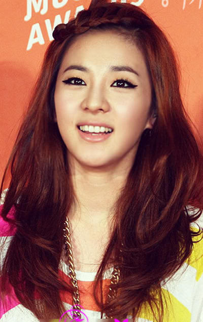 "Sandara (2NE1) rục rịch cặp kè nam thứ của ""Pinocchio"" 3"