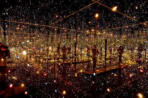 Phía trong căn phòng gương vô tận tại New York 6