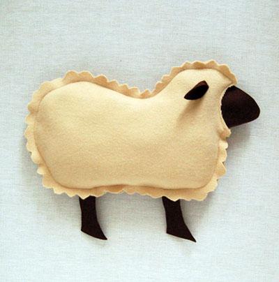 Gối ôm cừu bông vừa đẹp vừa êm 8