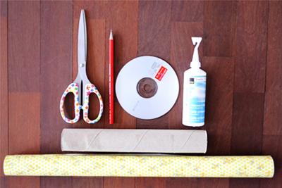 Ống đựng vòng tay tái chế từ vật dụng cũ 1