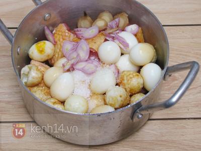 Gà kho trứng cút đậm đà đưa cơm 7