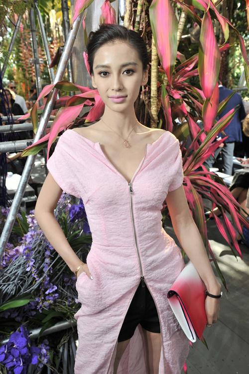Angela Baby xinh đẹp và thời thượng tại Paris Fashion Week 6
