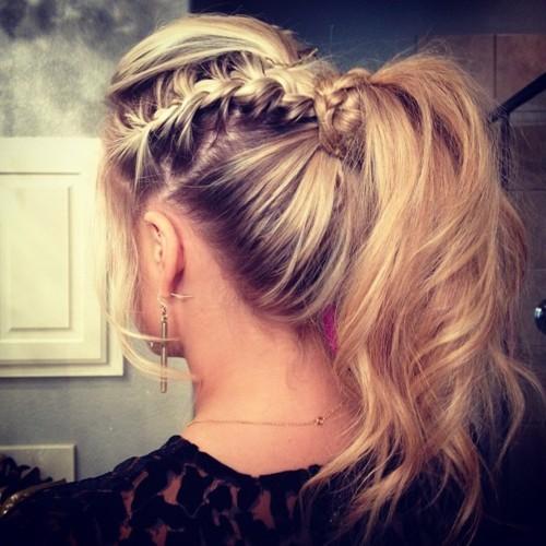 6 biến tấu cực dễ giúp tóc đuôi ngựa trở nên mới mẻ 2