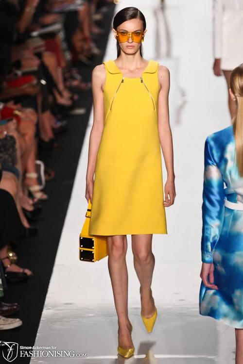 Chọn váy theo xu hướng thời trang thập niên 60s 3