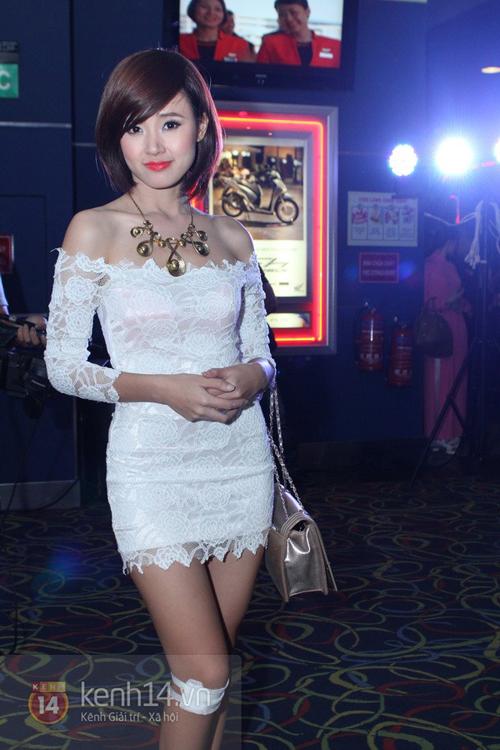 Muôn kiểu phong cách thời trang của sao Việt với tóc ngắn 33