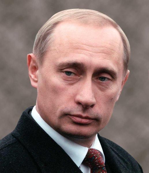 Vladimir Putin – Cậu học sinh tiểu học muốn làm điệp viên
