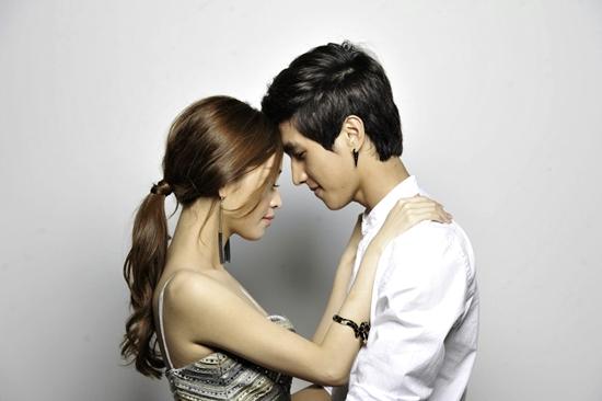 Tình cũ Trấn Thành tình tứ cùng hot boy phim lưỡng giới 4