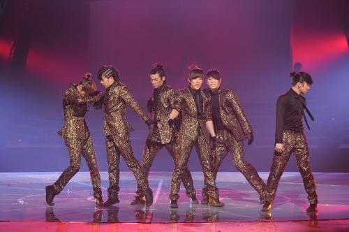 Tuyển tập vũ đạo đẹp mắt của các sao Kpop (P.2) 80