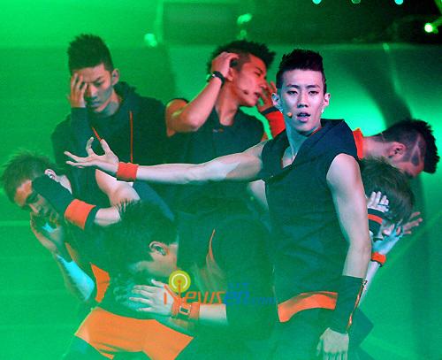 Tuyển tập vũ đạo đẹp mắt của các sao Kpop (P.2) 103