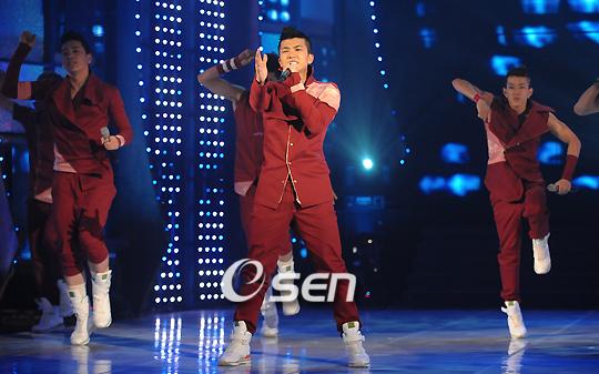 Tuyển tập vũ đạo đẹp mắt của các sao Kpop (P.2) 104