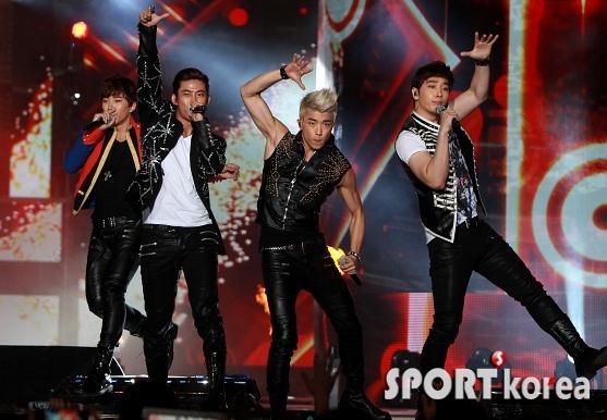 Tuyển tập vũ đạo đẹp mắt của các sao Kpop (P.2) 100