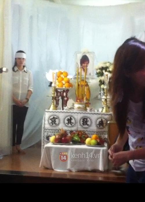 Các sao nghẹn ngào trong tang lễ toàn màu trắng của Wanbi Tuấn Anh 2