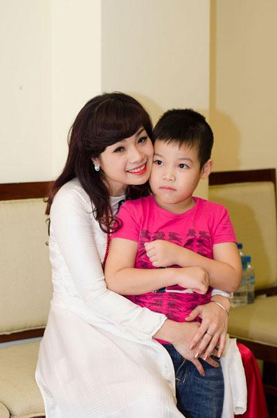 Những sao Việt thầm lặng làm nghề giáo 9