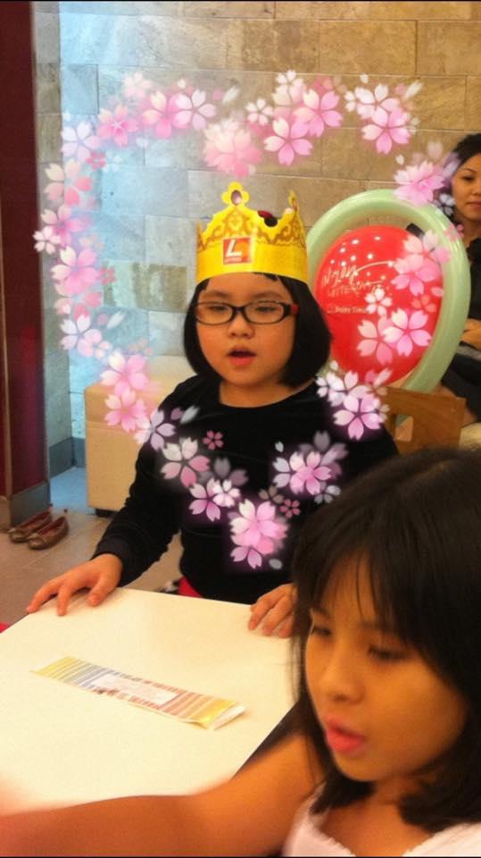 Những nhóc tì nhà sao Việt càng lớn càng xinh và chững chạc 1