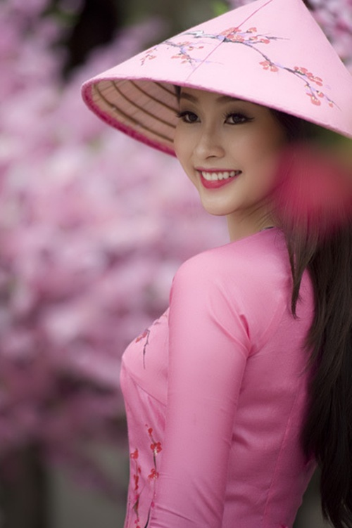 """Mỹ nhân trẻ nào có thể """"tiếp quản"""" danh hiệu ngọc nữ của Hà Tăng? 4"""