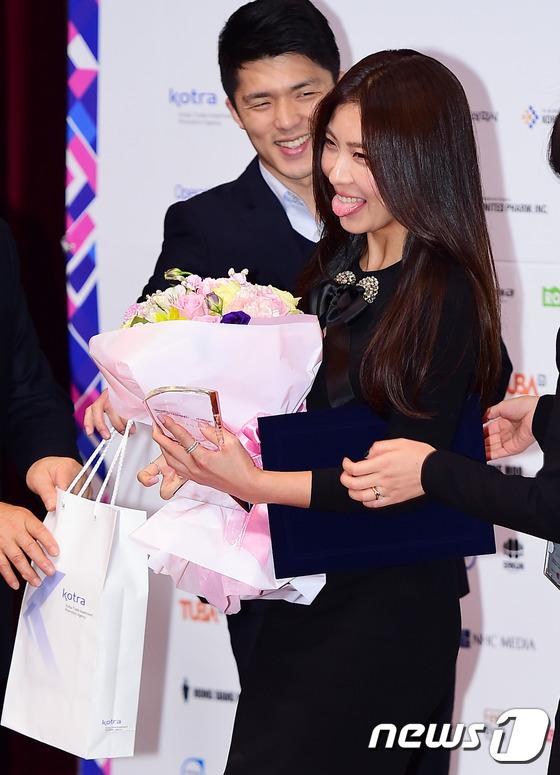Ha Ji Won tái xuất cực trẻ đẹp sau loạt ảnh bị chê già nua 12
