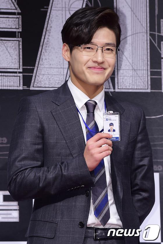 Loạt siêu sao Hàn Quốc tề tựu khoe sắc trên thảm đỏ 24
