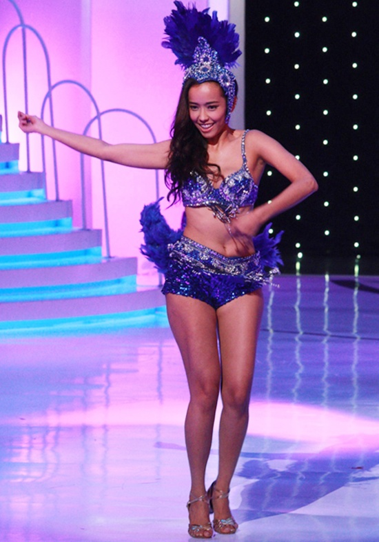 Tân Hoa hậu Quốc tế Trung Quốc 2015 bị chê da đen, xồ xề 2