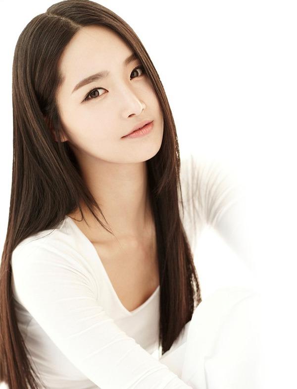 Nhan sắc thật của Hoa hậu Hàn được so sánh với Trương Thị May 4