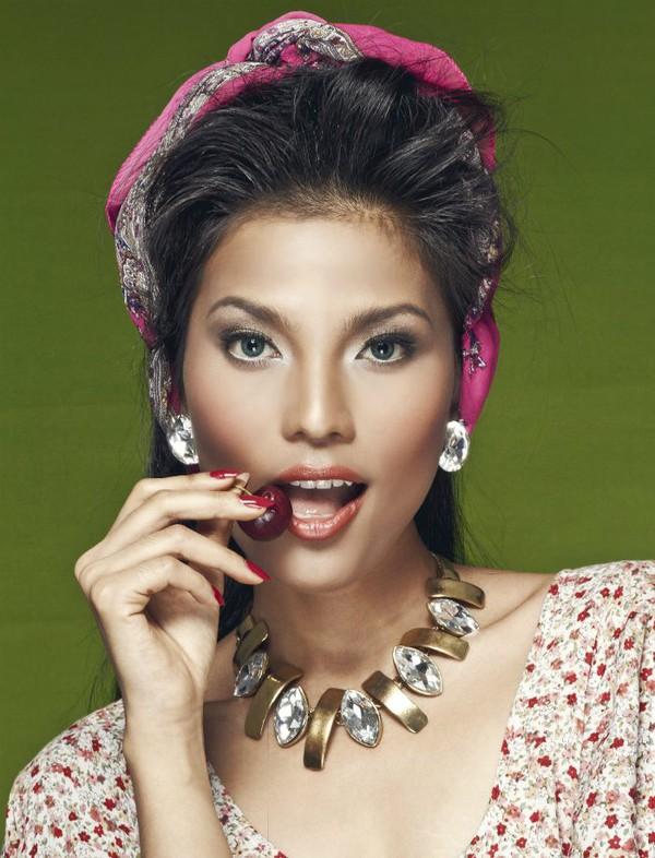 Ảnh so sánh sắc đẹp Trương Thị May với Hoa hậu Hàn Quốc gây sốt 13