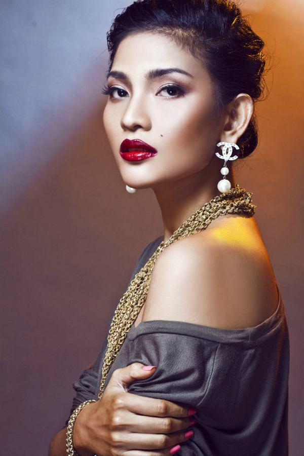 Ảnh so sánh sắc đẹp Trương Thị May với Hoa hậu Hàn Quốc gây sốt 11