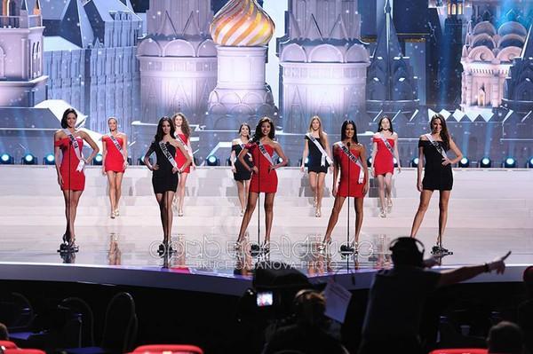 Trương Thị May tự tin tỏa sáng vòng Bán kết Miss Universe 2013 40
