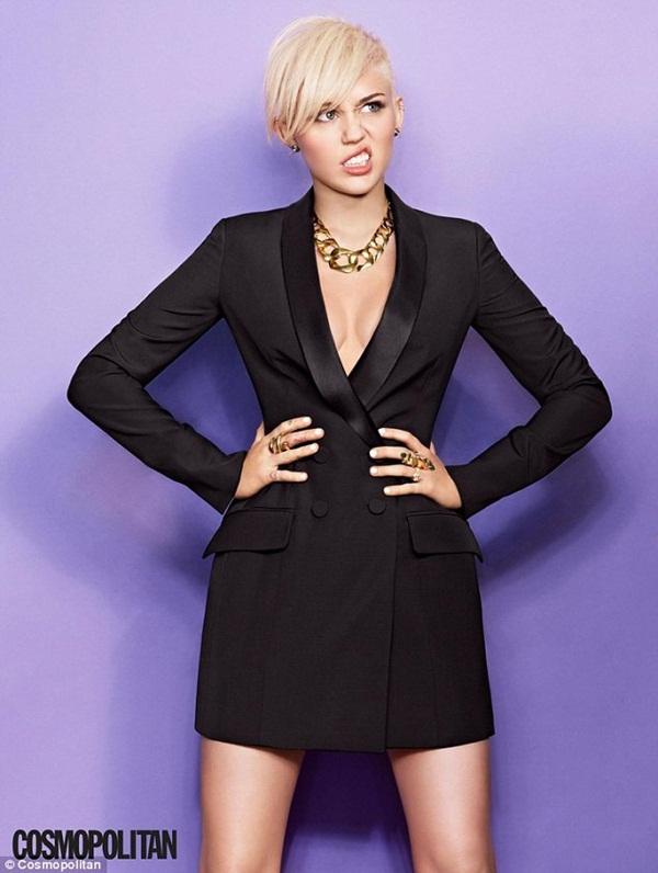 Miley gọi Liam là chồng yêu 2