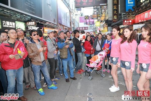 Dàn thí sinh Hoa hậu châu Á mặc quần ngắn giữa trời rét 10 độ C 8