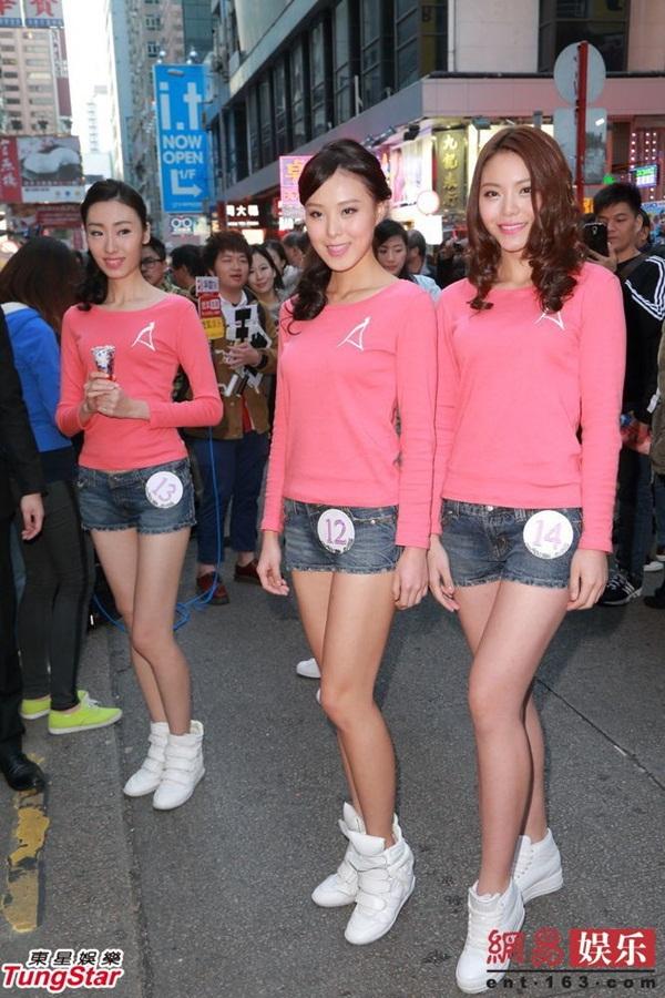 Dàn thí sinh Hoa hậu châu Á mặc quần ngắn giữa trời rét 10 độ C 9