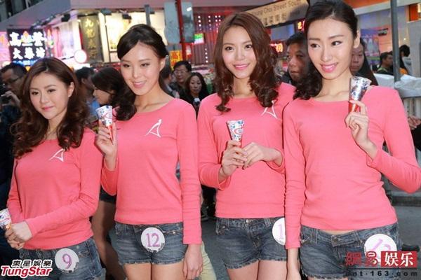 Dàn thí sinh Hoa hậu châu Á mặc quần ngắn giữa trời rét 10 độ C 10