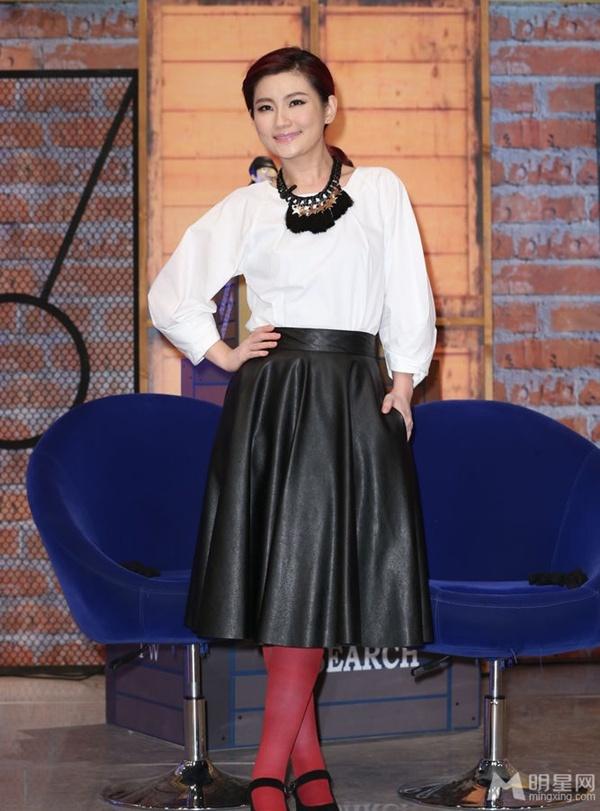 Selina (S.H.E) rạng rỡ khi được bầu là ca sĩ đẹp nhất Đài Loan 2