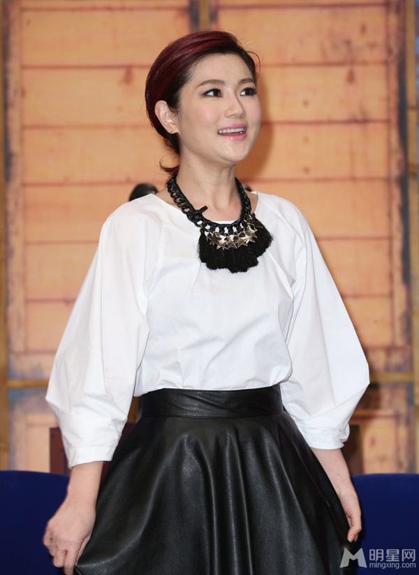 Selina (S.H.E) rạng rỡ khi được bầu là ca sĩ đẹp nhất Đài Loan 4