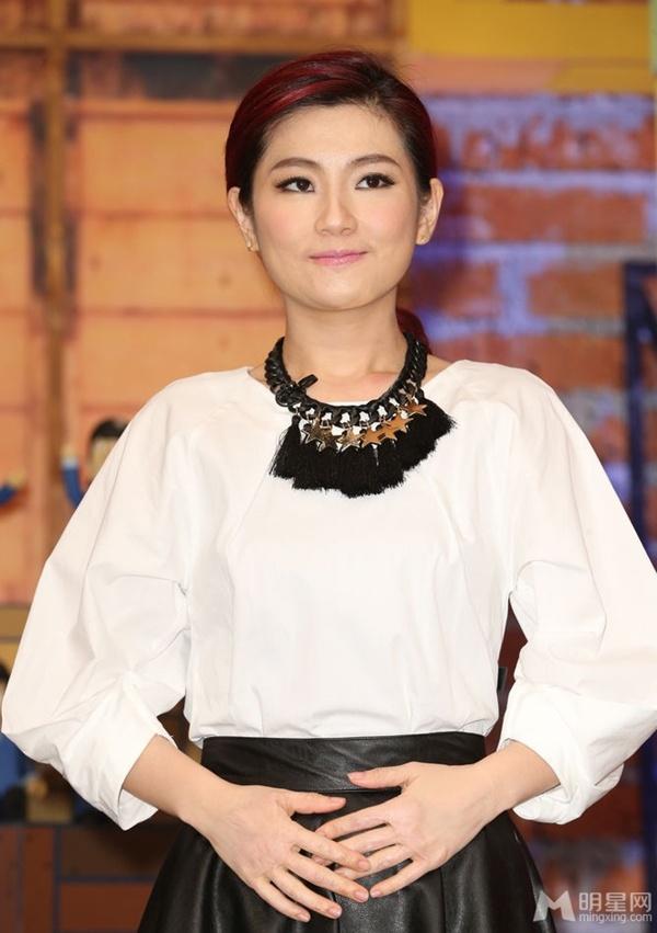 Selina (S.H.E) rạng rỡ khi được bầu là ca sĩ đẹp nhất Đài Loan 6
