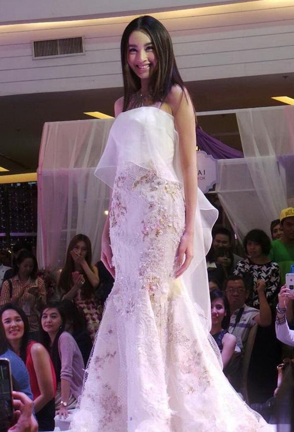 Nong Poy lộng lẫy như nữ thần khi mặc váy cưới 4