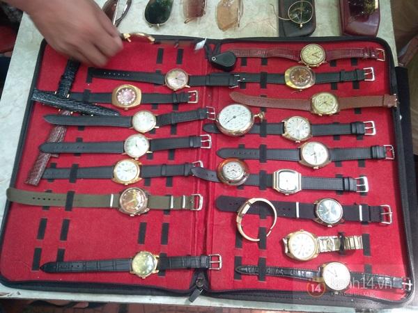 Săn hàng độc ở phiên chợ đồ cổ, đồ xưa đặc biệt giữa Hà Nội 22