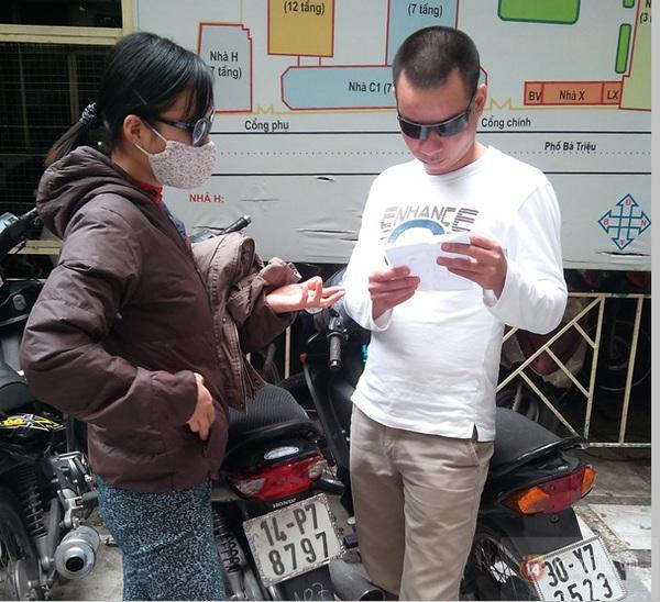 Hà Nội: Bệnh viện chật kín người đến khám bệnh đau mắt đỏ 3