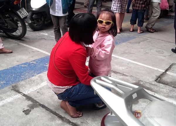 Hà Nội: Bệnh viện chật kín người đến khám bệnh đau mắt đỏ 9