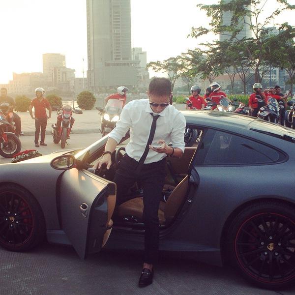 Tròn mắt trước dàn siêu xe rước dâu hoành tráng của đám cưới sao Việt 12