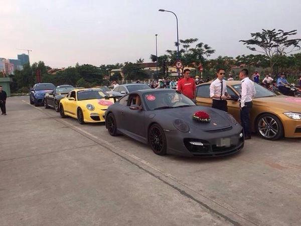 Tròn mắt trước dàn siêu xe rước dâu hoành tráng của đám cưới sao Việt 13